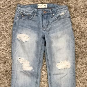 Abercrombie Kids Girlfriend Jeans 13/14 (fit w 24)